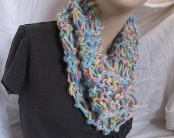 Pastel Meadow Chunky Knit Cowl (5026)