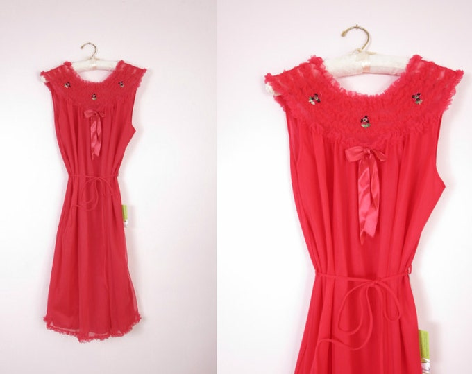 1960s Red Chiffon & Nylon Nightie Size L/XL