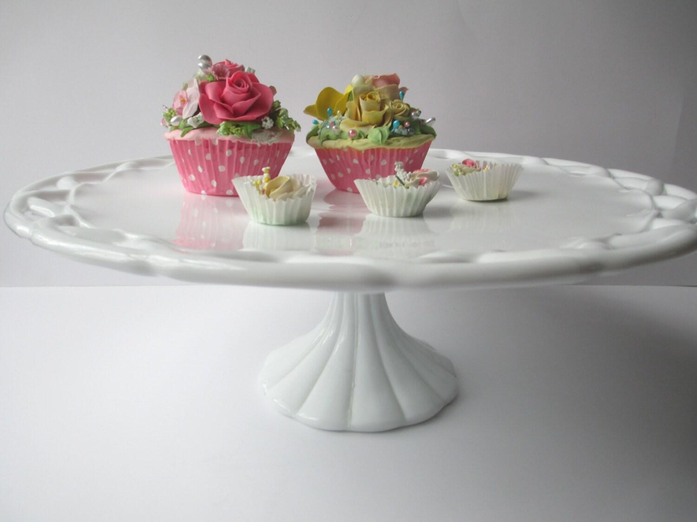 Pitman Dreitzer Cake Stand