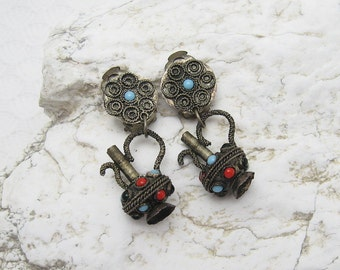 Etruscan Pitcher Earrings Primitive Vintage Jewelry E6247