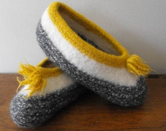 Hand Knit Felted Wool Slippers Women Travel Cottage Ski