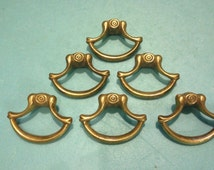 1 Small DIE CAST PULL, Keeler Brass Co K 6549, Antique Drawer Pull,Neoclassical Drawer Pull,Cabinet Hardware,Antique Furniture Hardware