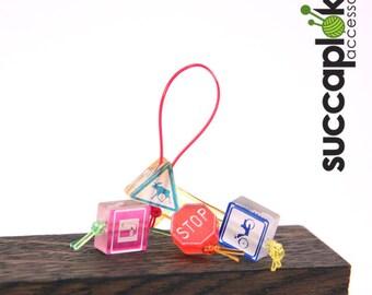 Liikennemercci (road sign) - Knitting Stitch Markers