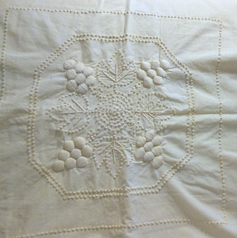 Candlewick quilt blocks embroidered raised grape clusters
