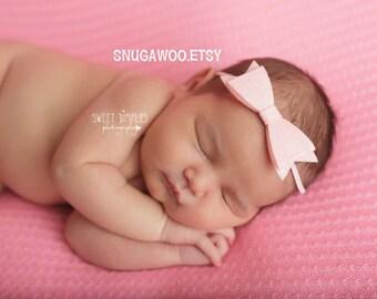 Light pink felt bow Headband, newborn Baby Bow, Baby Headband, Headband, Flower headband bow, baby hair accessory, best baby gift, shower