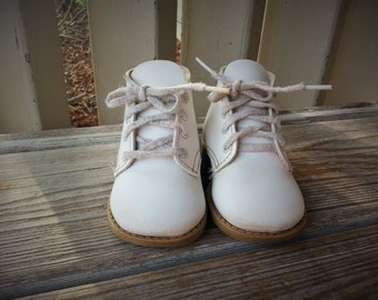 Superoos White Baby  Shoes