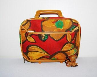 Vintage Mod Cloth Carry All
