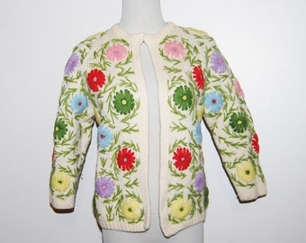 Vintage Sweater Garden Flowers on Ivory Bombshell