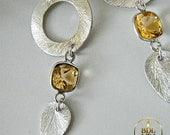 Moderne or et d'argent de Noël - Sterling and Citrine Modern Artsy Holiday earrings