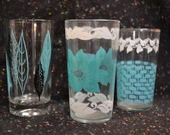 vtg 50s set of 3 pastel print  drinking / cocktail glasses