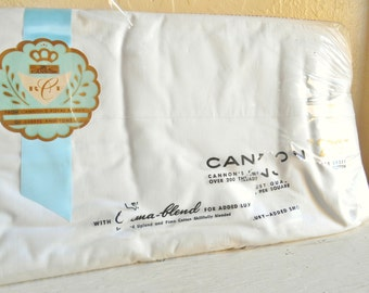 New in Package Vintage White Flat Sheet Double Full Cannon Pima Blend
