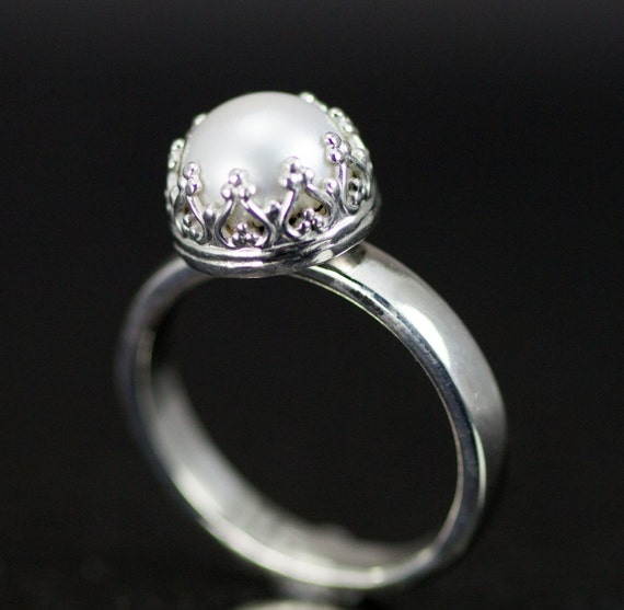 Pearl and Sterling Silver Ring - June Birthstone - 8-8.5mm Pearl