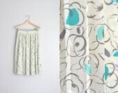 SALE / vintage '90s cream FLORAL PLEATED midi skirt. size xs s.