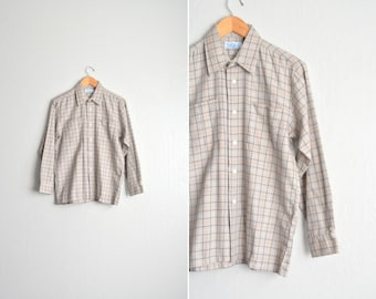 SALE // Size S/M // CHECKERED OXFORD // Tan - Long Sleeve Button-Up Shirt - Vintage '70s/'80s.
