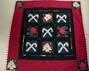 Hand-quilted Christmas Candy Cane Wall-hangingr Table Topper Mini Quilt