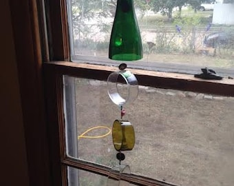 Recycled bottle windchime/green