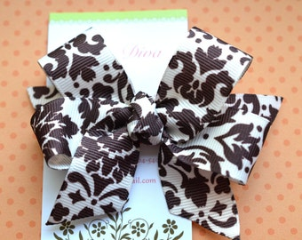 Brown and Ivory Damask Classic Diva Bow