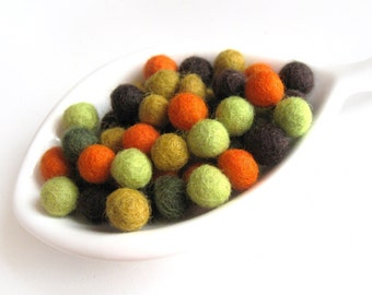 Felt Balls Fall Color Mix - 50 Pure Wool Beads 10mm  (W200B)