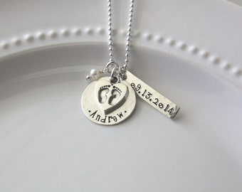 New Mom Necklace, Personalized Mom Jewelry, New Baby Necklace, New Grandma Gift, Adoption Jewelry, Baby Shower Gift, Mom Valentine Gift