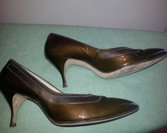 1960s Medium Brown Patent Air Step Stiletto with Corfam 8 1/2 B AA