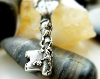 Romantic Sterling Silver Skeleton Key Necklace