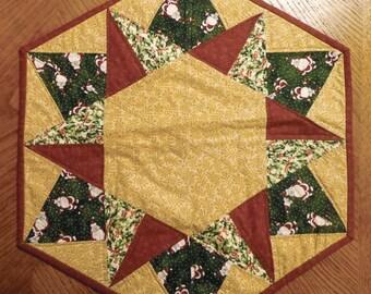 Christmas table quilt Hexagon shape
