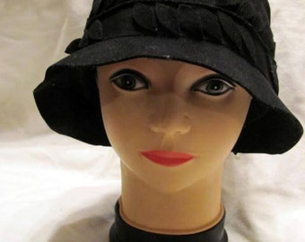 Flapper Roaring Twenties Black Felt Hat