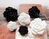 Japanese Resin Buttons - French Style Shabby Romantic Chic Elegant Vintage Look Black White Rose Button, Choose Color Size (4 in a set)