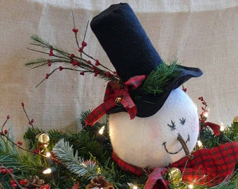 Primitive Frosty Snowman Lighted Swag