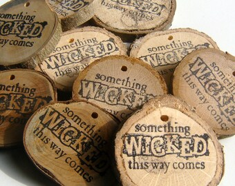 200 Wicked Bulk Lot Novelty Unfinished Wood Tree Branch Slice Party Favor Ornament 2+ inch