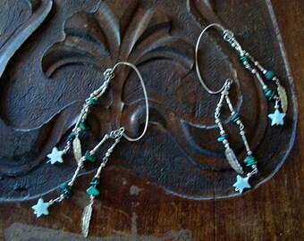 Vintage Earcuffs Silver Pair of Boho Leaves Green Gemstones Stars