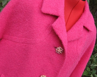 Stunning Pink Winter Coat from the 1960s - Gorgeous Buttons