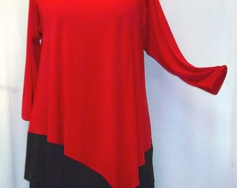 Coco and Juan Plus Size Lagenlook Red and Black Color Block Traveler Knit  Angel Tunic Top Size 1 (fits 1X,2X)   Bust 50 inches