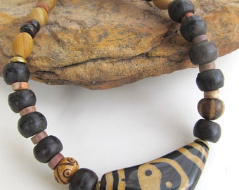 Unisex Tibetan Agate Yin Yang Necklace - Earthy Ethnic Necklace in Brown and Tan