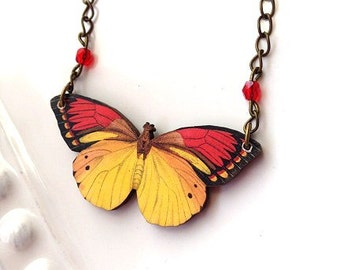 Butterfly necklace red  yellow gold with red crystal beads and chain