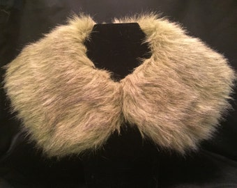 Green Faux Fur with Brown and Grey tips - Peter Pan Collar XL