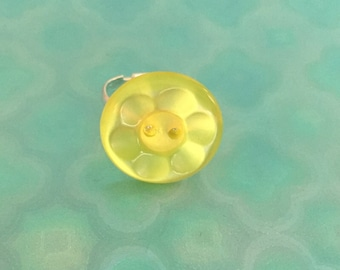 Canary yellow flower button party ring