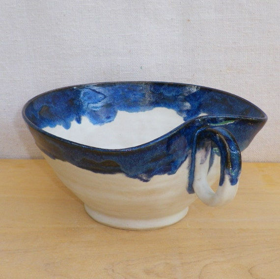Serving bowl hand thrown in stoneware ceramic pottery