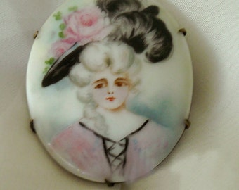 vintage 1940's RARE ooak oval handpainted lady porcelain brooch with solid brass back - family heirloom