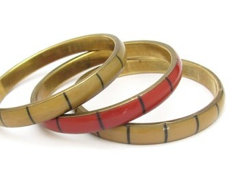 Bangle Bracelets, Vintage Bracelets, Set of 3 Bangle Bracelets, Vintage Bracelets, Tan Bracelets, Red Bracelet, Mixed lot bracelets