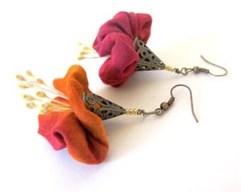 Red renaissance flower earrings, Asymmetrical flower earrings, deep orange red flower earrings, fiber flower earrings