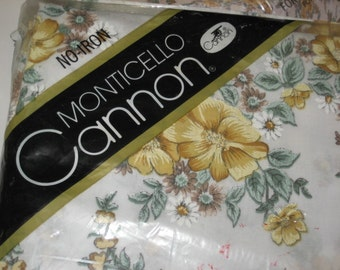 Vintage No Iron Monticello Cannon Twin Flat Sheet in Package