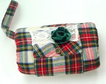 Muff - Handwarmer - Tartan Plaid - Wedding - Celtic - Bride - Ireland - Scotland - Hand Made - UNIQUE - Wool - Recycled - Foxy Braveheart