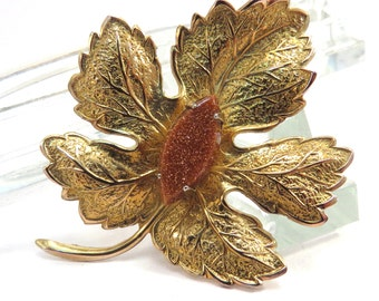 Maple Leaf Brooch with Copper Sparkling Stone Center Vintage 1950s Goldtone Broach - FREE Domestic Shipping
