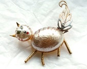 Vintage 1940s Brooch // 40s 50s Kitsch Cat Brooch // Hand Painted Novelty Jewelry // NOS