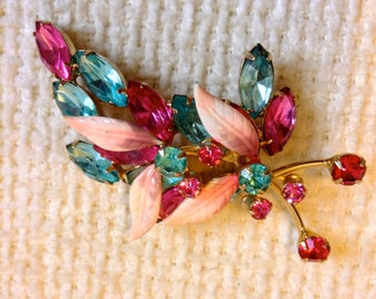 Vintage Pink and Blue Rhinestone Pendant, Brooch, Pin.  Hollywood Glamour.  Fabulous crystal stones.  Juliana, D & E style.