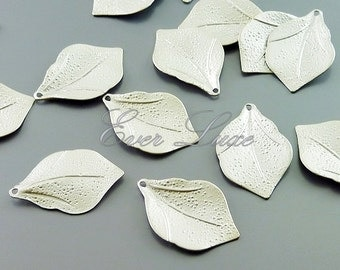4 textured leaf charms, jewelry / jewellery making supplies, necklace, bracelet charms, craft supplies 1065-MR (matte silver, 4 pieces)