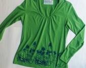 green longsleeve shirt, screenprinted herbalism shirt, women's medium, bee balm, monarda