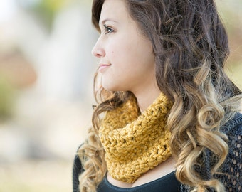 Crochet Chunky Cowl in Golden Rod Yellow
