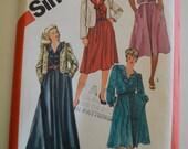Simplicity 5811 Women's Pullover dress in Two Lengths & Unlined Jacket Dress Size 40-46 UNCUT